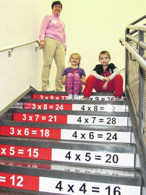 Associated Graphics, Plain City Elementary team up for visual learning