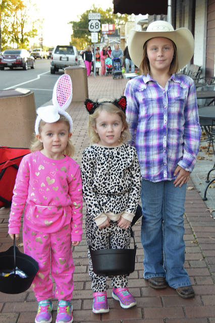 The Nott Sisters, Josi, Augie and Haeleigh were having fun on Beggars Night in West Liberty.