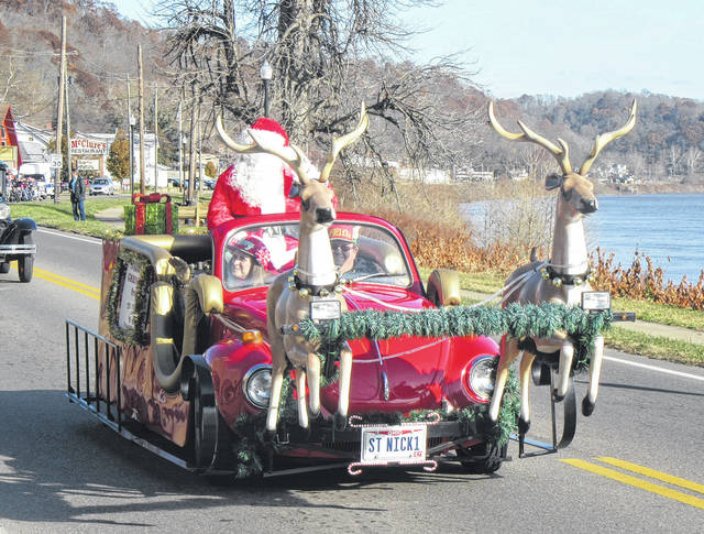 Santa made two appearances in the annual Pomeroy Christmas Parade on Sunday afternoon.