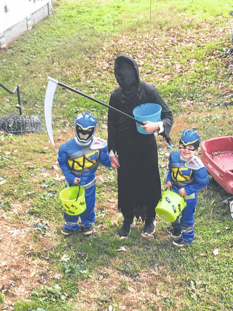 Ashden Bare, Justin Laudermilt and Hayden Bare attend Trick-or-Treat in Middleport.