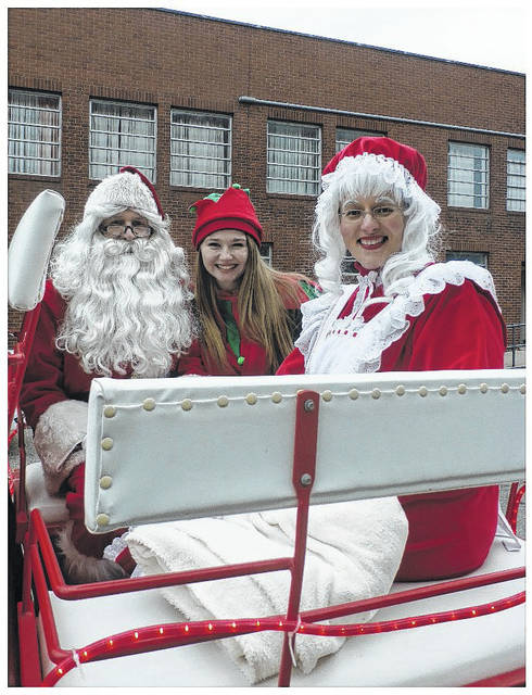 Santa and Mrs. Claus will be making their way from the North Pole to Middleport on Saturday as part of the annual Middleport Christmas Parade.
