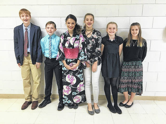 Koen Sellers, Rylee Barrett, Savannah Barnes, Lilly Suttle, Kyra Zuspan, and Maylee Barringer participated in the Southeast Ohio Model UN at Ohio University.