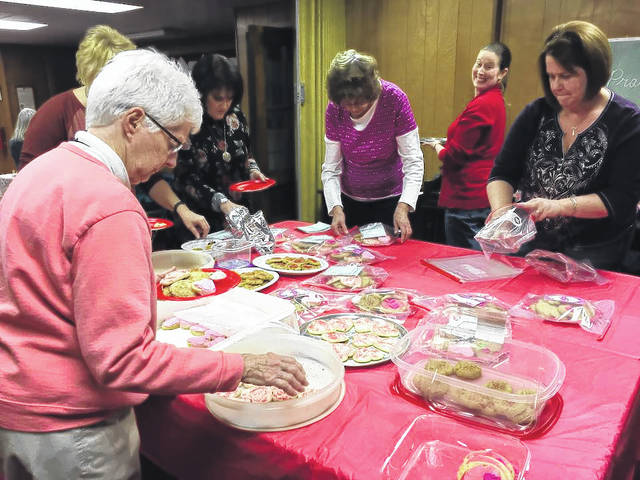 At the February 2018 meeting of Heath UMC Eleanor Circle members assembled cookie trays.