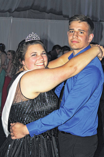Sophie Carleton and Brayden Holter were crowned the 2018 Eastern High School Prom Queen and King on Saturday evening at Eastern High School.