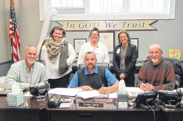The Meigs County Commissioners recently approved a proclamation for National Home Care and Pallative Care Month, November 2018. Pictured are commissioners Mike Bartrum, Randy Smith and Tim Ihle, along with Holzer Hospice and Pallative Care representatives Katie House, Vicki Nottingham and Sara Gore.