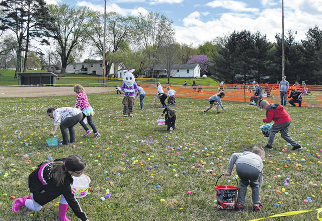 Kids of all ages were on the hunt for the perfect Easter Egg on Saturday at the annual Tuppers Plains Volunteer Fire Department Easter Egg Hunt. The hunt was held at the Tuppers Plains Ballfields. Kids found candy filled eggs, as well as receiving some larger prizes after the hunt. The Easter Bunny, dressed in partial fire gear event joined in on the hunt. For more photos from Saturday's hunt see inside today's edition.
