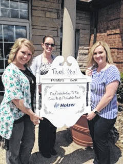 Farmers Bank represented by (from left) Brittany McAvenda, Jessica Edwards and Amber Cavender.