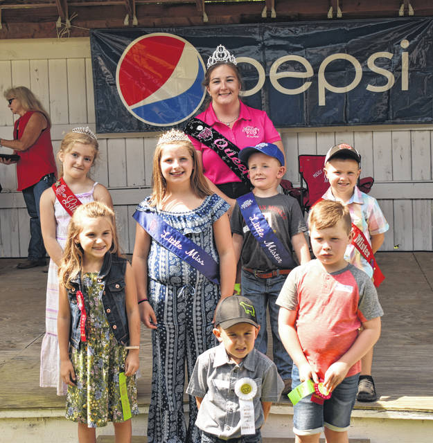The Little Miss and Mister contest was held on Monday morning. Pictured are (center) 2019 Little Miss Brielle Wyatt, 2019 Little Mister Tucker Hupp. Also pictured are (back) 2019 Fair Queen Gabrielle Beeler, (third row) 2018 Little Miss Morgan Durst, 2018 Reece Davis, (second row) 2019 Little Miss First Runner-Up Paige Smith, 2019 Little Mister First Runner-Up Jayce White, 2019 Little Mister Second Runner-Up Blake Smith.