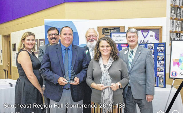 Southern Local Supt. Tony Deem and K-6 Principal Tricia McNickle accepted the Purple Star Award on behalf of the district during the recent OSBA regional conference.