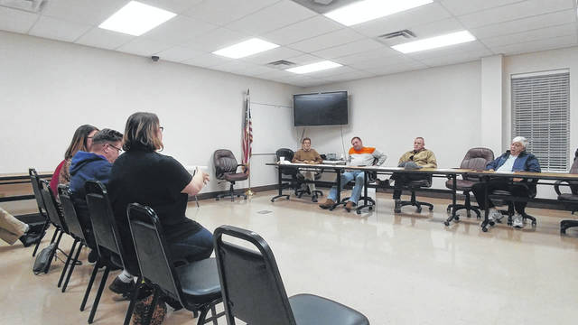 Square One representatives address Gallipolis Planning Commission about their hopes for a new women's homeless and domestic violence shelter in the area.