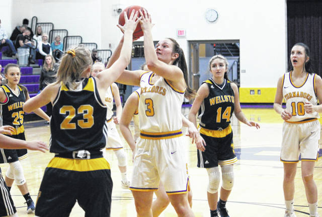 Southern senior Baylee Wolfe (3) shoots a two-pointer from the lane, during the Lady Tornadoes' 50-44 victory on Thursday in Racine, Ohio.