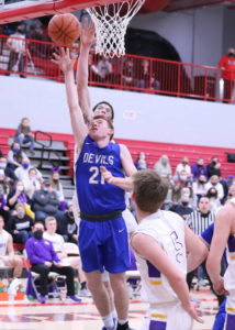 Blue Devils fall to Unioto, 47-32