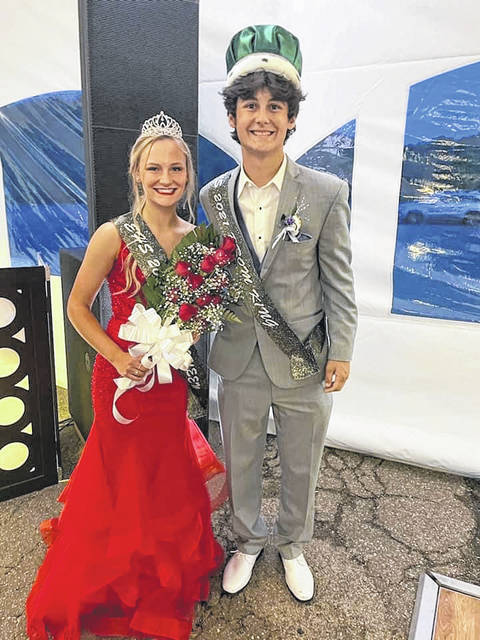 Ashton Guthrie was crowned the 2021 Eastern High School Prom Queen and Matthew Blanchard the 2021 Eastern High School Prom King during Sunday evening's prom at Eastern High School. The Queen's crown was donated by Clark's Jewelry and the flowers were donated by Francis Florist.