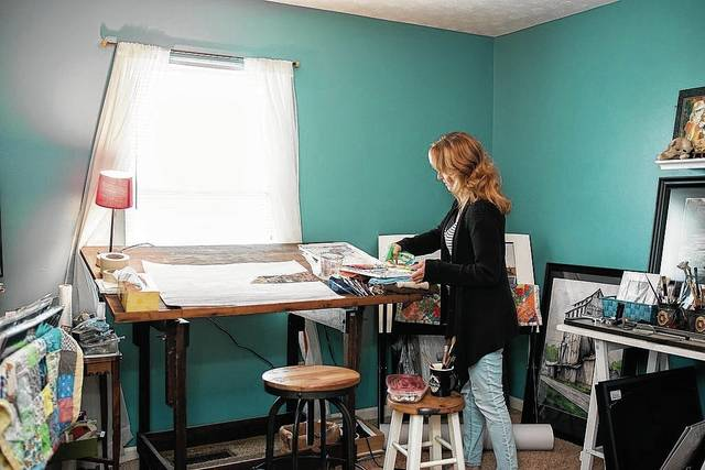 Rhonda Sloan works in her studio. She will visit Urbana to give a Nov. 18 workshop.