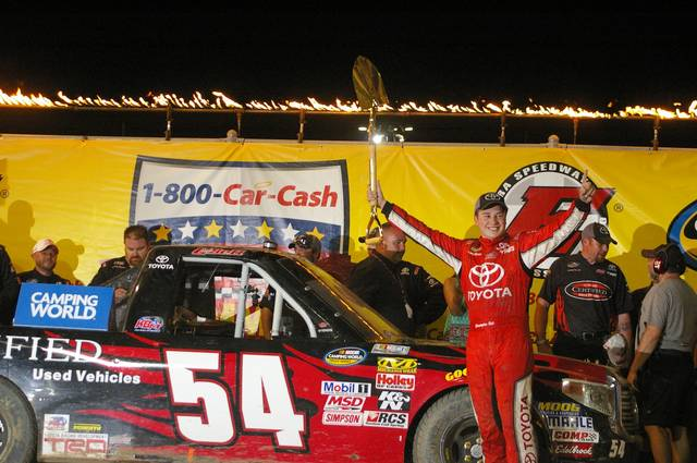 <strong>Christopher Bell celebrates after winning the 2015 NASCAR Camping World Truck Series race at Eldora Speedway. Bell is counting on his experience racing on dirt in Wednesday's truck race at Eldora.</strong>