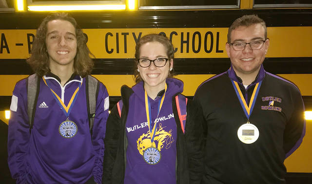Drew Sacks, Jessica Sacks, and Aaron Seelbaugh were named to the All-Tournament Team at the 14th Annual Ohio High School State Invitational Kick-Off Tournament in Columbus on Saturday.