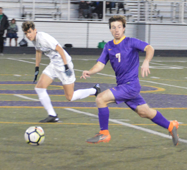 Butler's Ryan Davis advances the ball during the Aviators' 3-0 win over Northmont on Thursday.