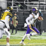 Aviators capitalize on Sidney mistakes and step closer to playoff berth
