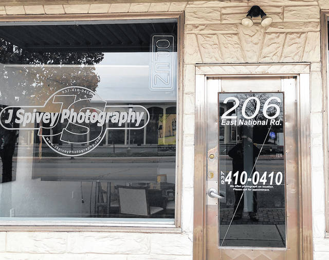 The Vandalia-Butler Chamber of Commerce is sponsoring a Small Business Scavenger Hunt that begins at J. Spivey Photography to mark Small Business Saturday on Nov. 24.