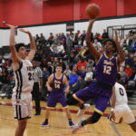 Aviators win thriller over Wayne