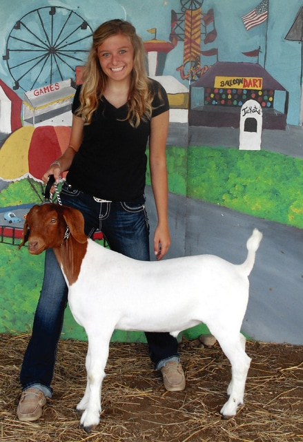 Heather Ressler, 16, of Milton Union, from Union Township Meat Producers 4-H Club won Sr. Goat Showmanship.