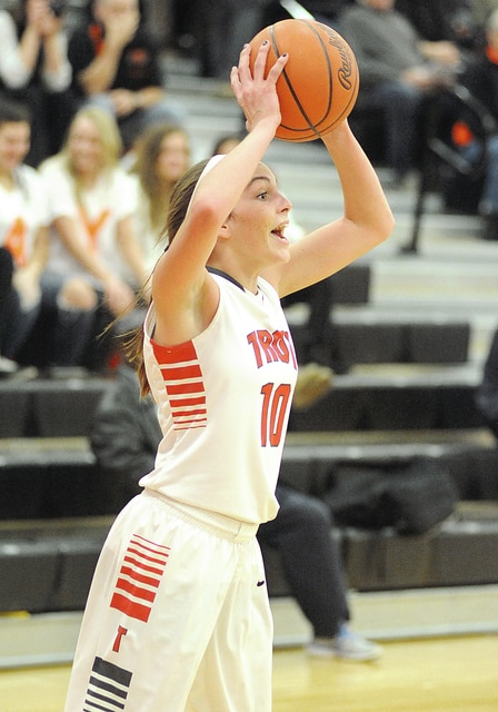 Anthony Weber/Troy Daily News Troy's Maddy Taylor looks for a teammate to pass to against Beavercreek Wednesday at Wayne High School.