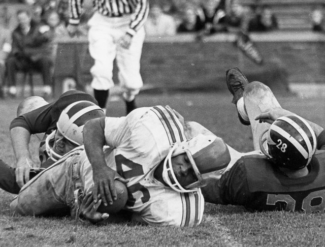 Photo Courtesy of The Ohio State University Had recruiting ratings been around in the 1950s, former Trojan running back Bob Ferguson (46) almost certainly would have been a five-star recruit.