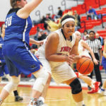 Trojans cruise past Bucs