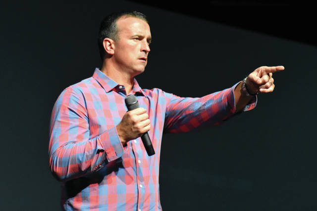 "Cody Willoughby | Troy Daily News Former NBA player Chris Herren discusses the dangers of drug addiction with Miami County area students during ""Rebound: The Chris Herren Story"" on Thursday at Hobart Arena."