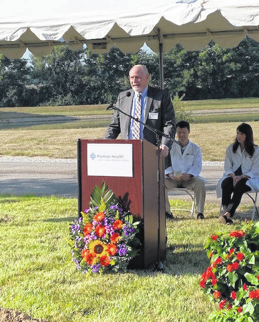 UVMC President Tom Parker welcomes attendees to the groundbreaking ceremony on Wednesday for the medical center's cardiopulmonary rehabilitation expansion.