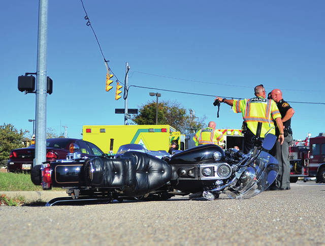 A deadly crash between a motorcycle and a car led to the closing of the intersection of County Road 25-A and State Route 571 on Sunday afternoon. The crash claimed the life of two motorcyclists.