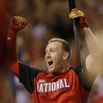 Reds' Todd Frazier wins All-Star Derby in home park