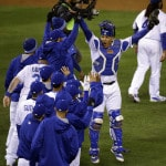 Cueto's 2-hitter sends Royals over Mets for 2-0 Series lead