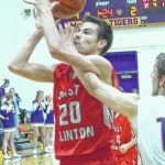 Astros hold on for first SCOL win