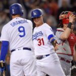 Dodgers rout Reds 8-2, send Cincy to 9th straight loss