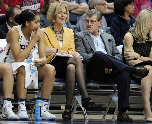 1bd01fb17193 UConn still No. 1 in AP women s hoops poll  Green Bay enters - Wilmington  News Journal