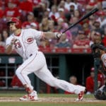 Reds' Arroyo gets first win since 2014 behind Duvall's slam