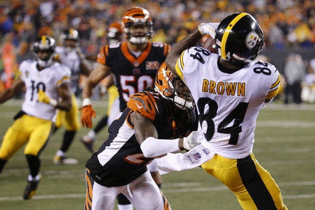 Bengals blow 17-0 lead, fall to Steelers 23-20 - Wilmington