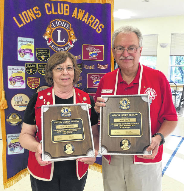 Melvin Jones Award recipients for 2018 are, from left, Lions Susan Henry and Mike Robb.
