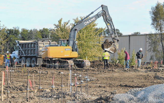 Work crews are on-site to construct a medical building in Wilmington — a Fresenius Kidney Care dialysis clinic — that will house a new 13-chair outpatient dialysis clinic.