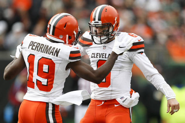 Browns Player Trolls Former Coach Hue Jackson With Interception Celebration