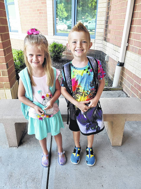 Putman Elementary first-grader Anabelle McClanahan and second-grader Holdyn Bare.