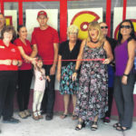 Dilly Bar, Blan chamber cut ribbon