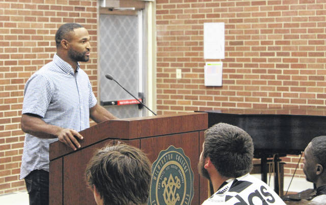 Cedric Peerman speaks to the students at Wilmington College.