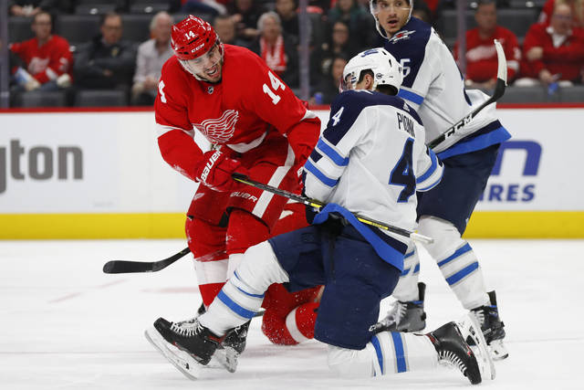 Red Wings snap 12-game skid with 5-2 win over Jets