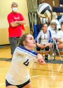 Senior Baumann honored, leads Ladycats to win