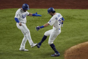 Kershaw, LA stars shine, Dodgers top Rays 8-3 in WS opener