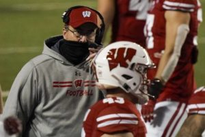 Wisconsin cancels Nebraska game; Chryst tests positive