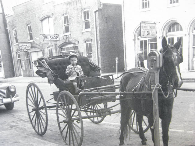 David Dennis with horse and buggy at a Wilmington parking meter in February, 1940. Can you tell us more? Share it at info@wnewsj.com. The photo, which was taken by Robert McNemar, is courtesy of the Clinton County Historical Society. Like this image? Reproduction copies of this photo are available by calling the History Center. For more info, visit www.clintoncountyhistory.org; follow them on Facebook @ClintonCountyHistory; or call 937-382-4684.