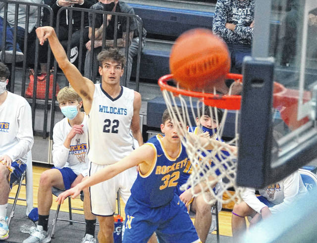 Brayden Sipple had 33 points, putting him at 2,004 for his career, in Blanchester's 65-48 win over Clermont Northeastern at the BHS gym.